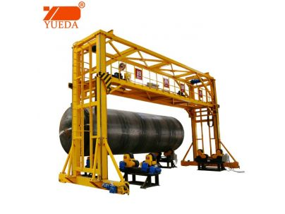 Fuel oil tank gantry welding machine